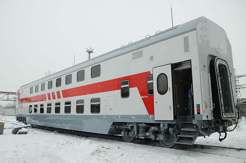Двухэтажный поезд в Адлер